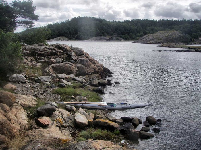 South of island Mjörn – small waters and forests