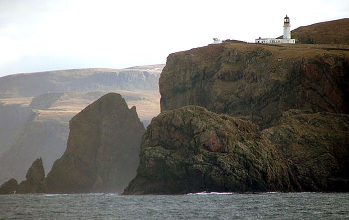 "Cape Wrath lighthouse, som inspirerat Winterson till ""Lighthousekeeping"". (bilden från wikipedia)"