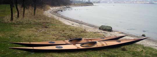 Leifs and Annies kayaks on a danish beach. Photo: Nicolai Ilcus